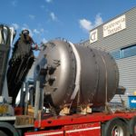 Transporte por carretera de un reactor circular de 15000 litros